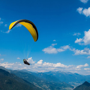 Amazing paragliding tandem experience on Sibillini Mountains