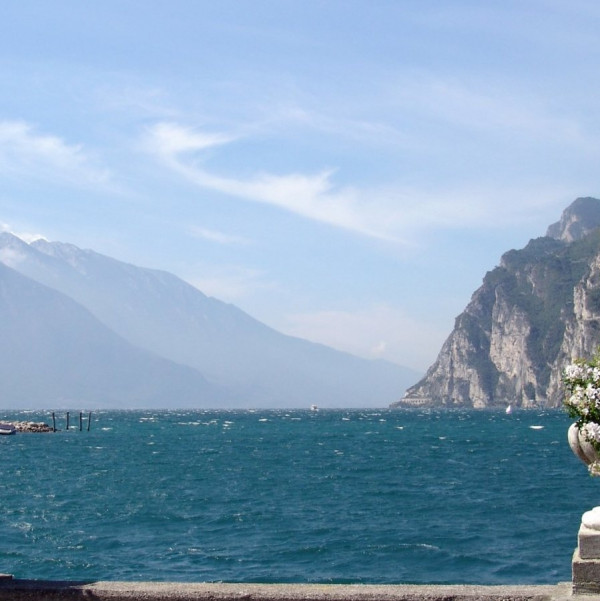 Exciting boat excursion on Lake Garda with stops to the wonderful towns of Limone and Malcesine