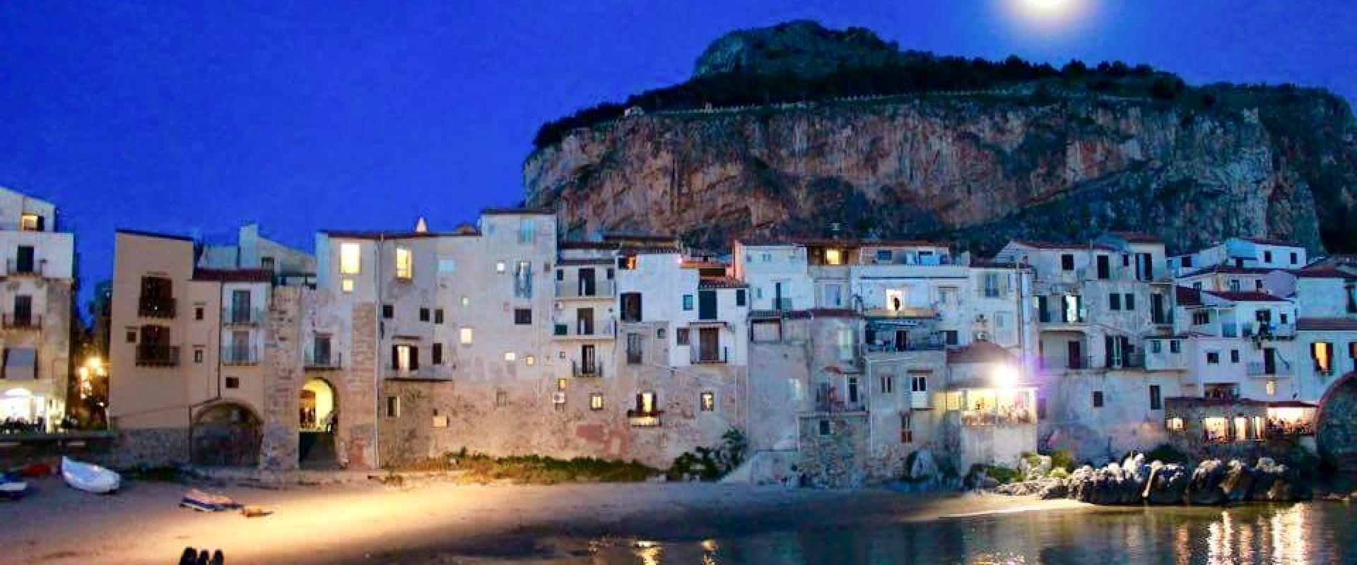 Shore excursion visit of Cefalù