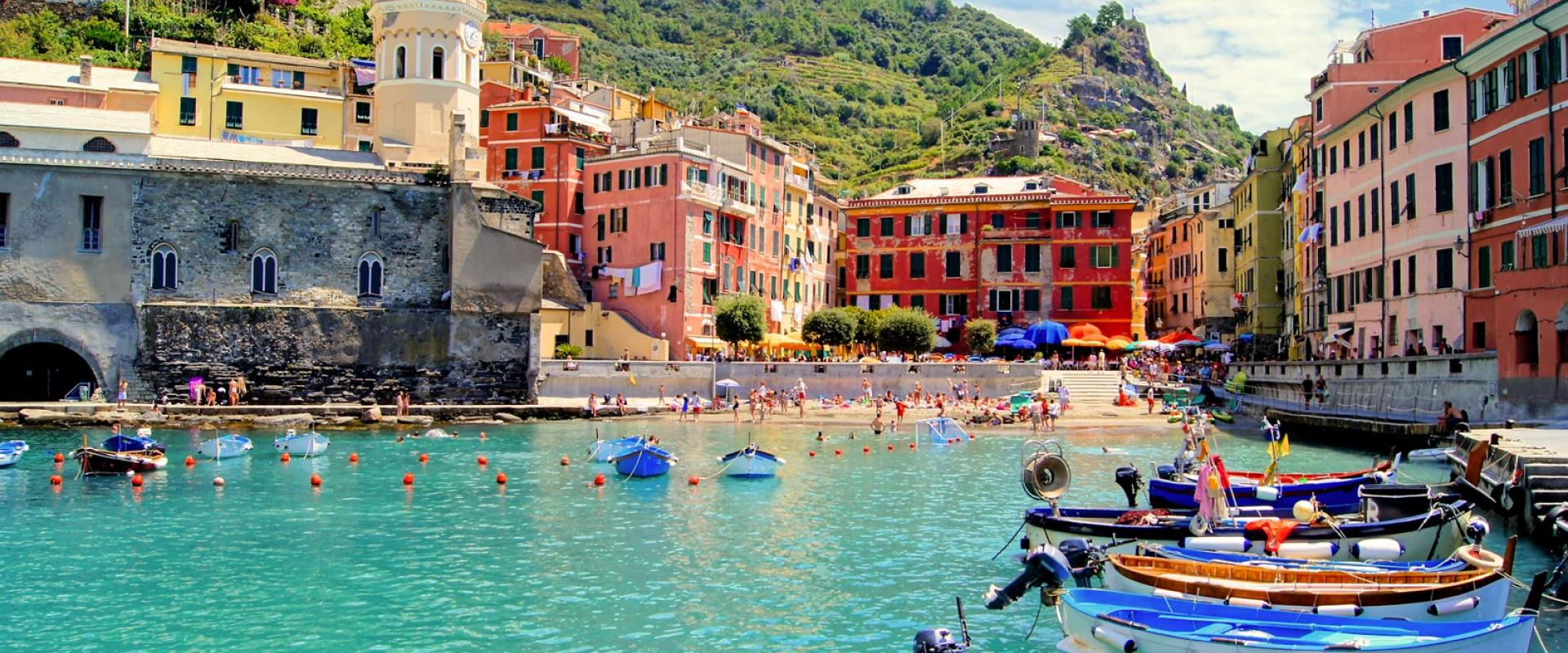 Visit of Vernazza, the enchanting 5 terre