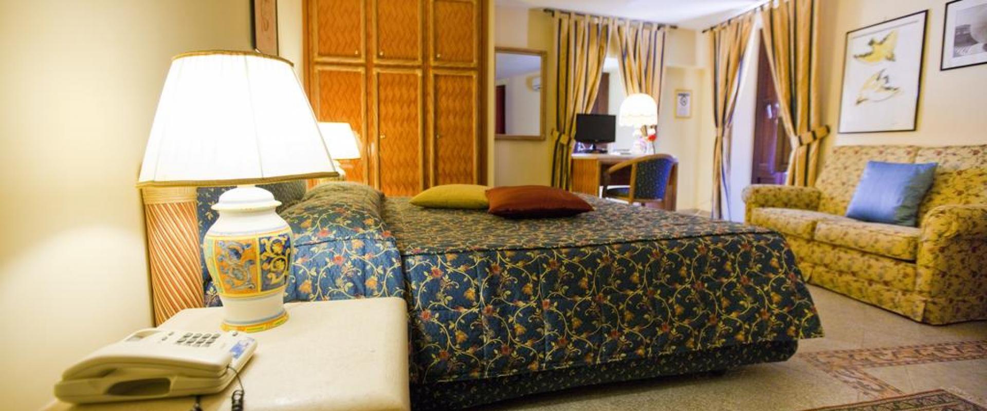 Hotel Elimo