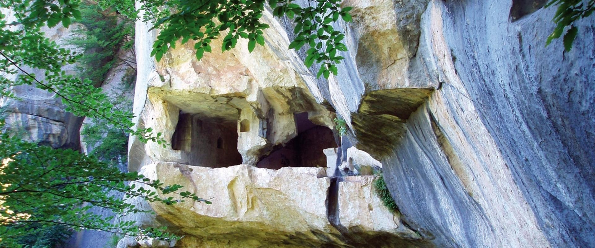 Visit of Caramanico Terme Abruzzo Majella's wonderworking waters!