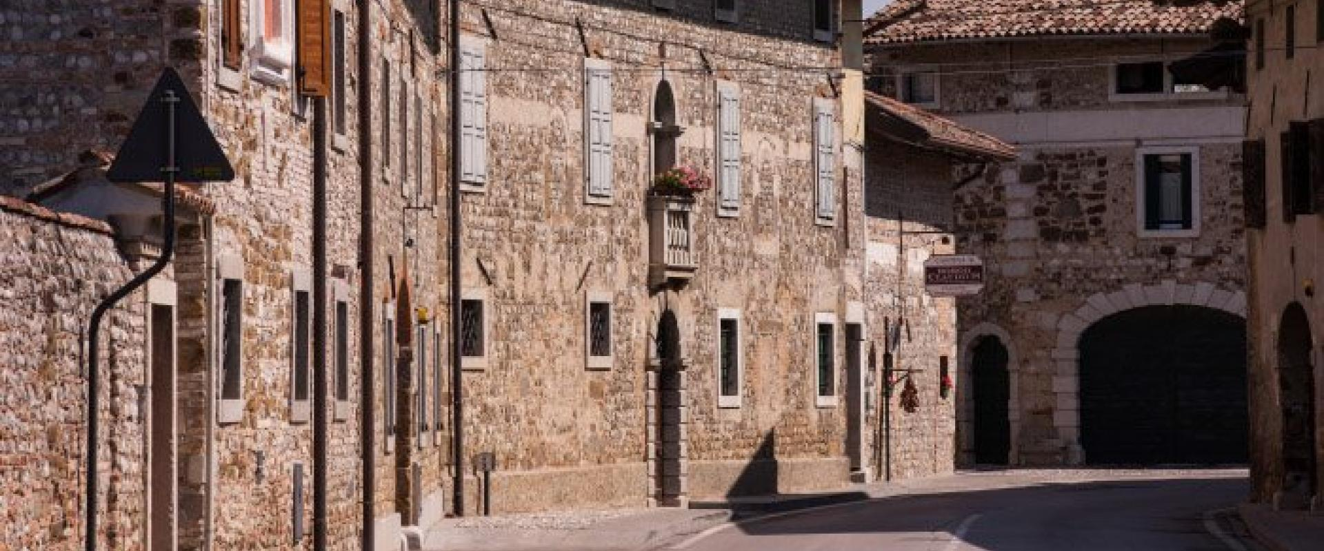 Visit of Clauiano A typical Venetian Friulian old country complex!