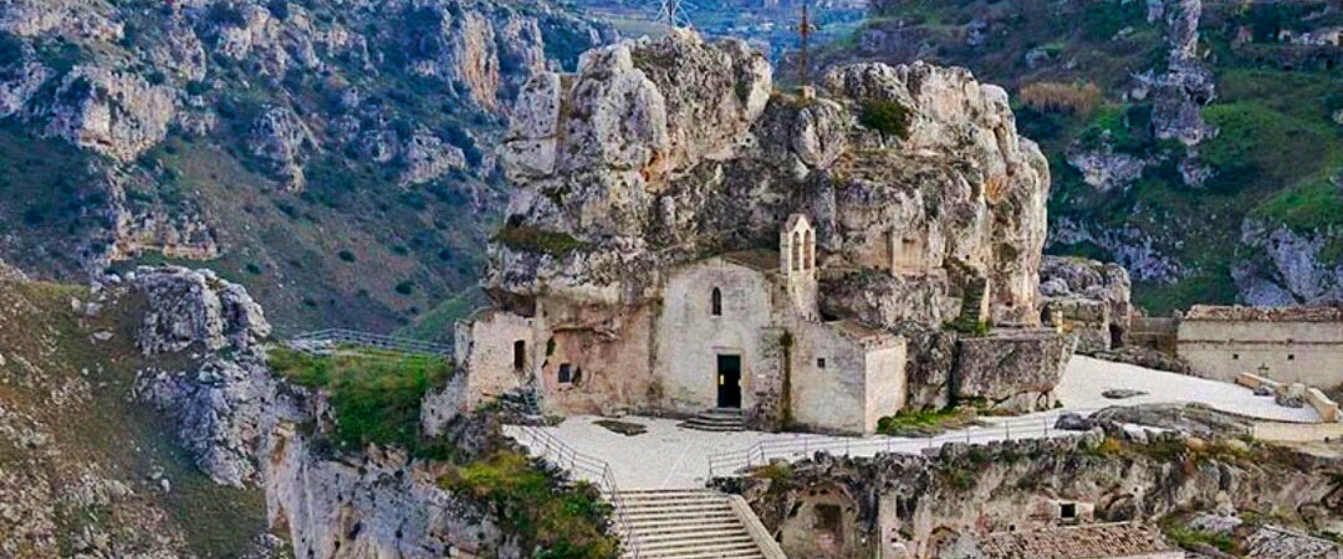 Guided tour of Matera, tuff laboratory and typical lunch