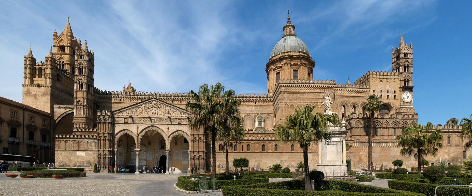 Visit of Palermo