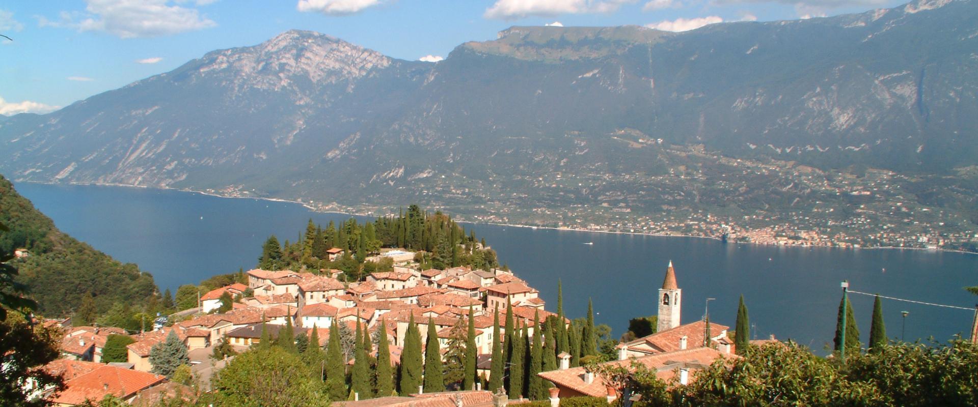 Soggiorno sulle rive del lago di garda! | Borghi Italia Tour ...