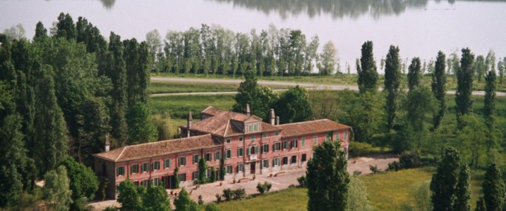 Rural experience in Venetian villa and birdwatching along the Po river