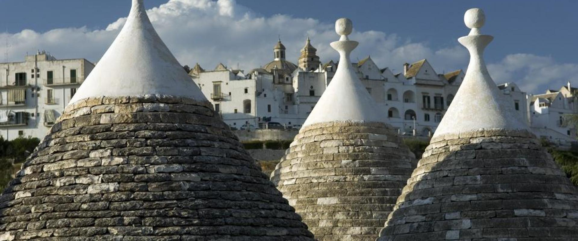 Tour Campania - Apulia  A sensational journey among enchanting towns