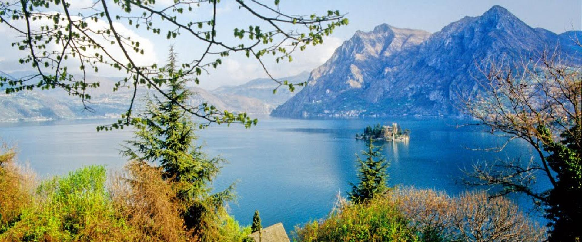 hiking experience along Iseo Lake