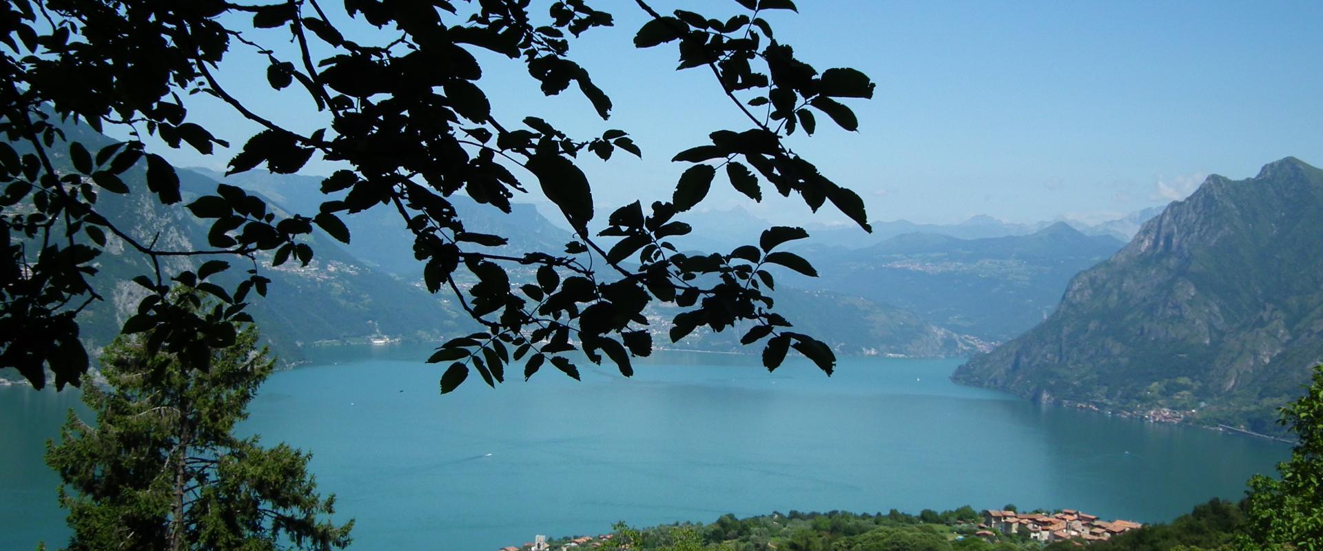 trekking experience on Mmonte Isola