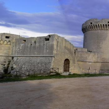 Visit of Tramontano Castle in Matera and paper mache laboratory with medieval game experience