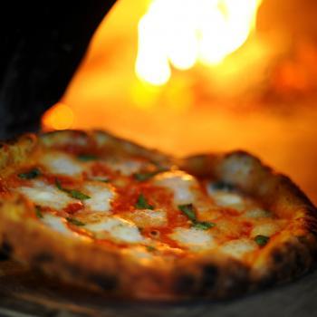 Pizza tasting in Naples