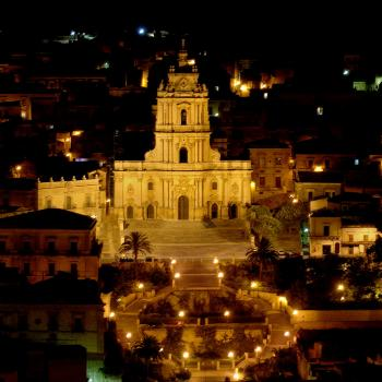 tour Modica by night